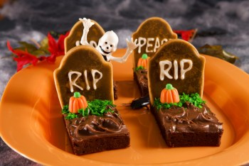 20 Creepy Halloween Recipes20