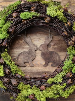 26-Creative-and-Easy-Handmade-Easter-Wreath-Designs-7-800x1084
