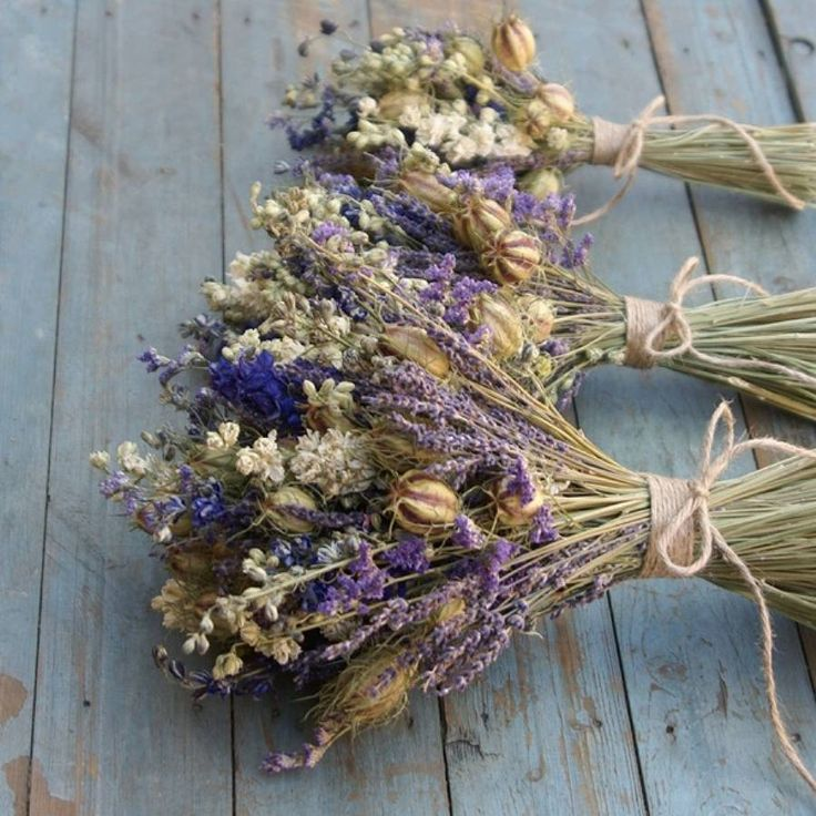 How to Dry Flowers for Home Decor - Picky Stitch
