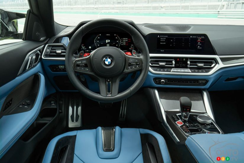BMW M4 2021, interior