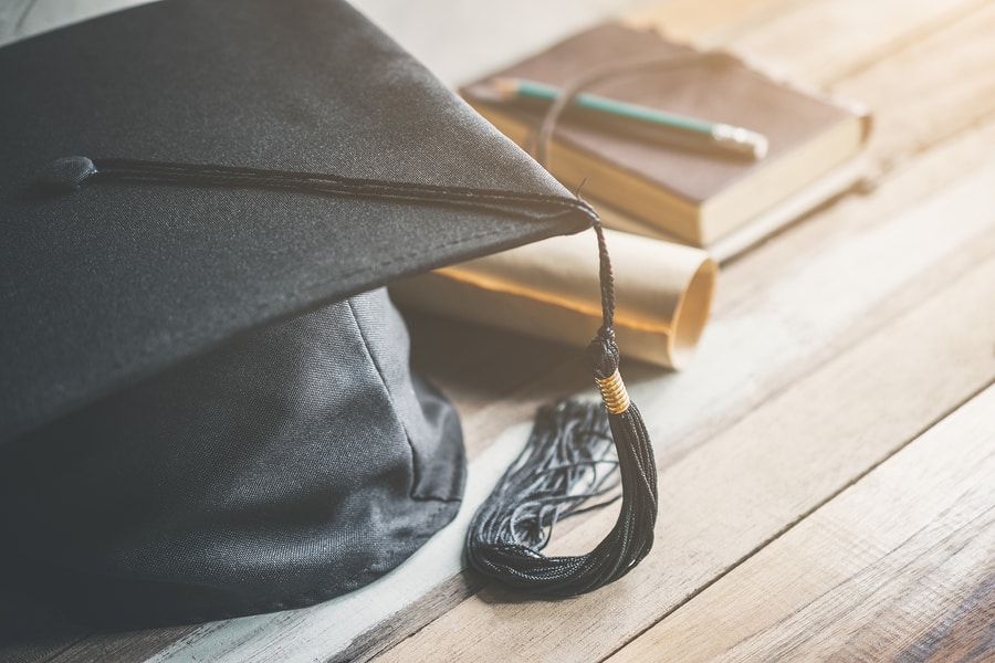 5 Unique Party Ideas for Your Graduate's Big Day