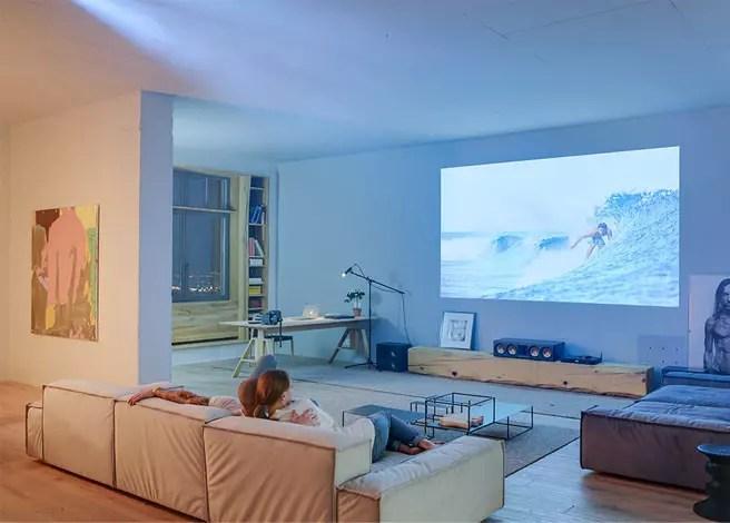 ecran de projection ou mur blanc