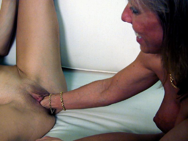 Ass group lesbian licking