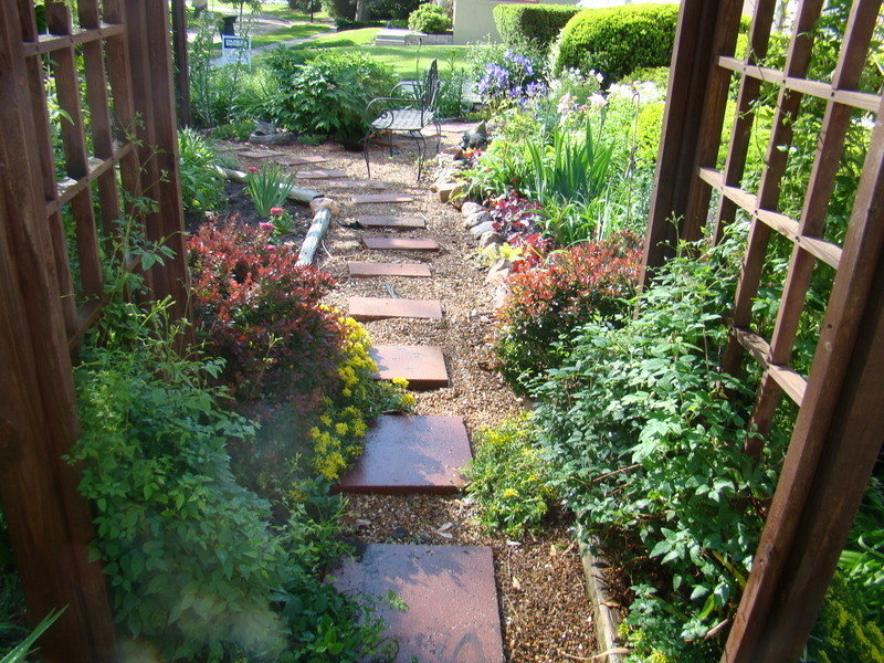Garden Design: Doing away with grass in front yard and ... on No Grass Garden Ideas  id=92249