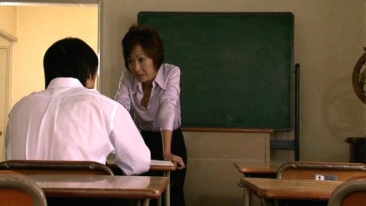 人妻女教師 教え子と背徳の関係 氷室京子13