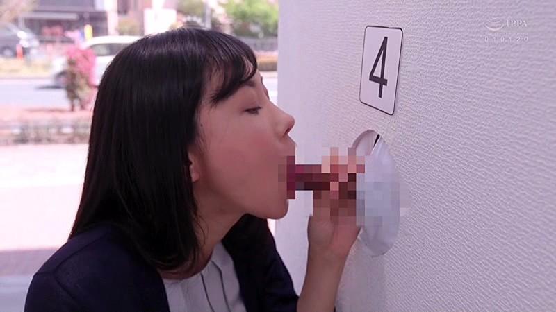 マジックミラー壁チ○ポ号3 シコってしゃぶって!新妻なら夫チン当ててみてゲーム 画像3