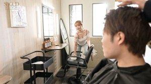 人気エロカワ美容師ゆなさんは実はとんでもなくキス魔お客様をべろちゅう… のサンプル画像 4枚目
