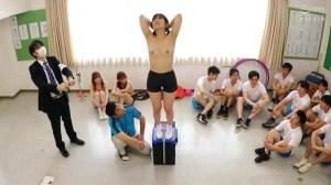 羞恥!青少年男女混合全裸体力測定2020|無料エロ画像3