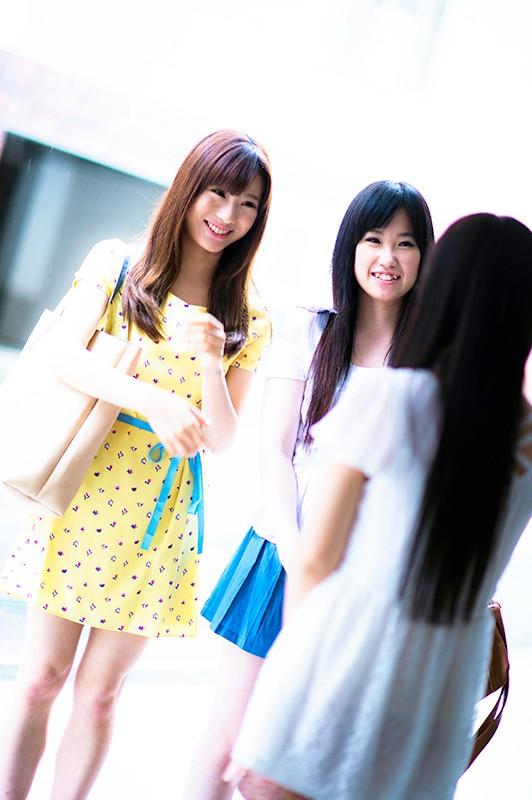 友達の前でガチエッチ!!2 女のコが一番恥ずかしい事!それは友達の前でエッチな事しちゃうこと!そのムリな事やってもらいます!!18名8