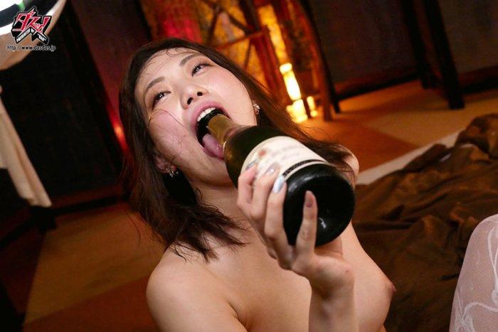 エグすぎる舐めしゃぶりビッチの下品性交。美谷朱里 のサンプル画像 5枚目