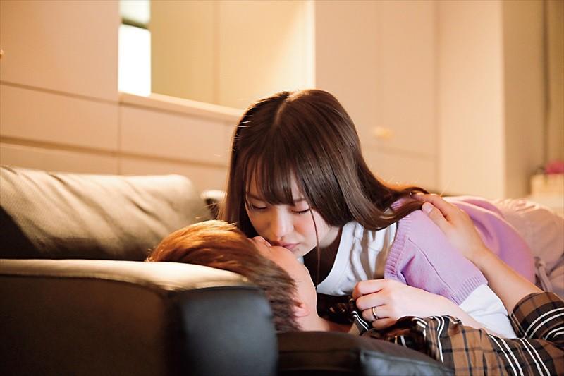 彼女が2泊3日の旅行で居ない間に既婚者の元カノと3日間ハメまくったイケナイ純愛記録 松本いちか12