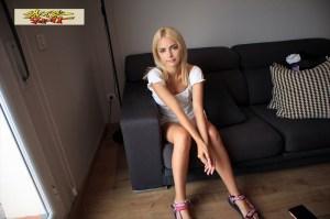 ハリウッド女優を夢見る金髪美少女18歳AVデビューリカ のサンプル画像 20枚目