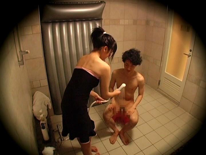 パイパンの美少女二人がハメ潮を吹きまくりながらセックスする