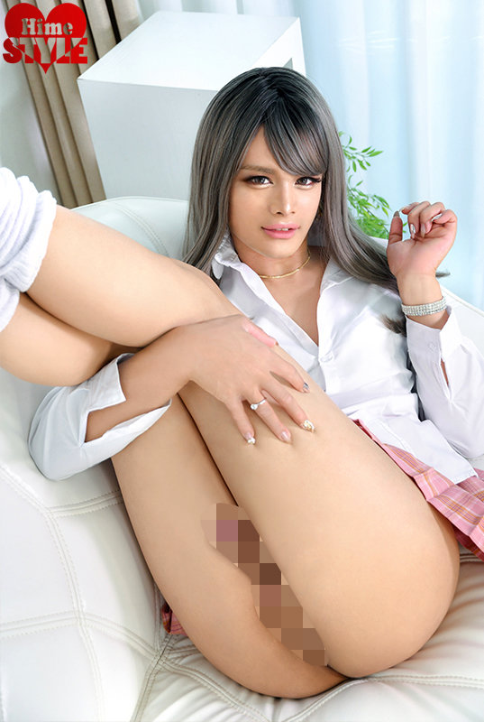 SEX大好きな淫乱ビッチ!ハーフギャル女装子滝沢アリス20歳AVデビュー