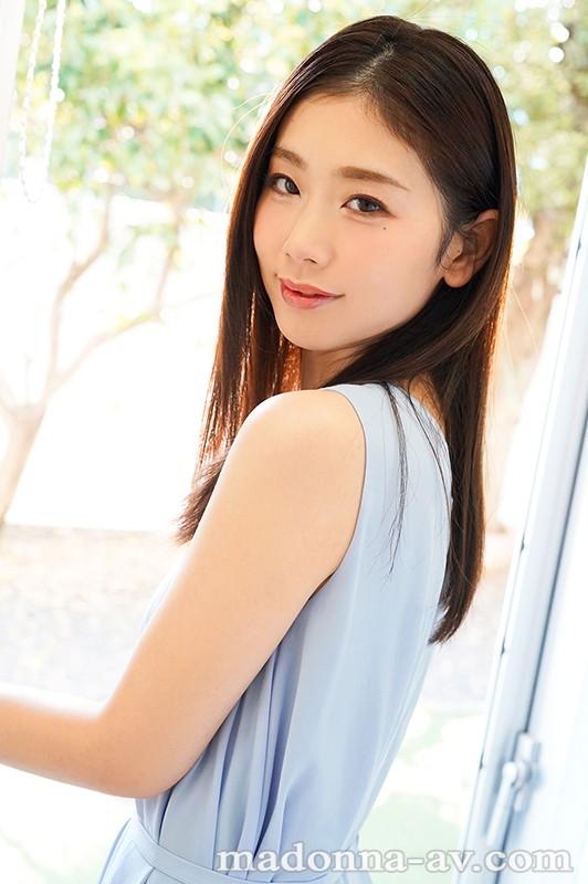 美しすぎて、目を合わせられない―。小松杏30歳AVDEBUTミステリアス… のサンプル画像 3枚目