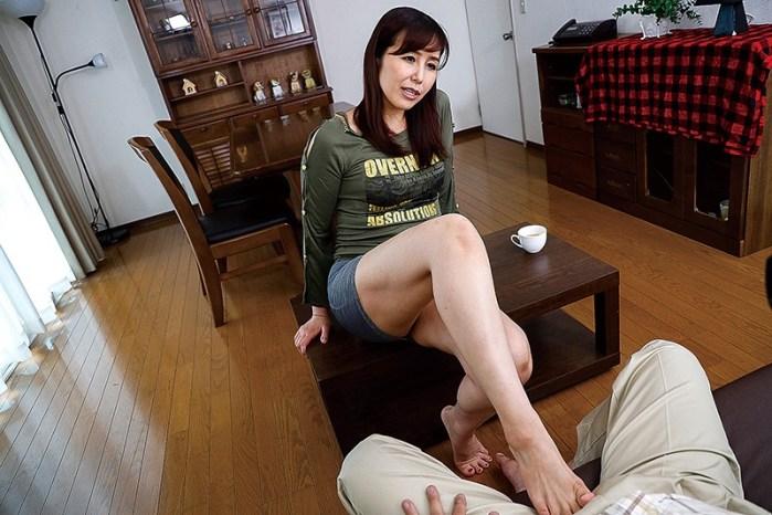 性欲旺盛な弟の嫁に誘惑されて…。汐河佳奈 のサンプル画像 2枚目
