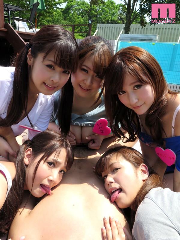 国民的アイドル M-girls2 誘惑超絶大乱交4時間スペシャル〜トップアイドル目指して酒池肉林のSEX接待〜2
