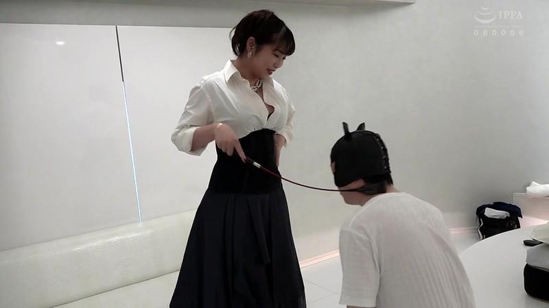 完全潜入!SM店へ突撃取材!! 各店イチオシの人気SM女王様を初出し独占撮影16