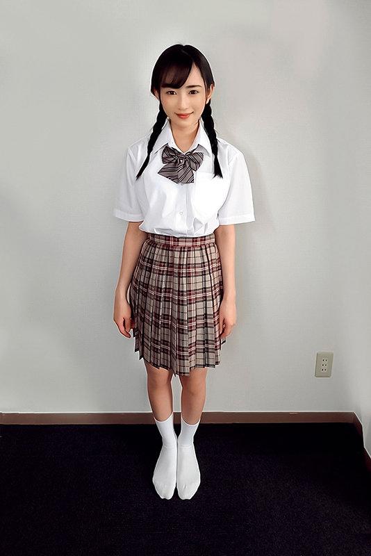 素人ヘアヌード大図鑑~十代の無毛な制服美少女編 のサンプル画像 1枚目