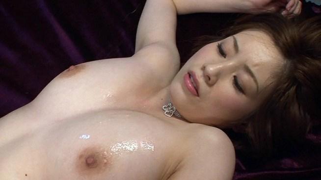 奥田咲がデカチン連続挿入でイキまくるSEXを見逃すな!