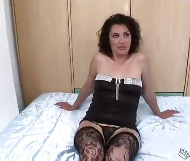 Seductive Milf Tricks Young Boy To Sex