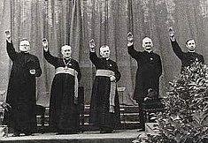 Sacerdotes fascistas