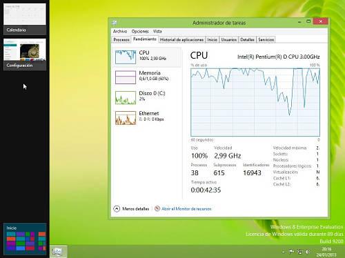 Escritorio de Windows 8 con el panel lateral izquierdo desplegado