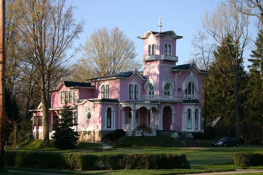 Wellsville, NY : Historic Pink House - Wellsville