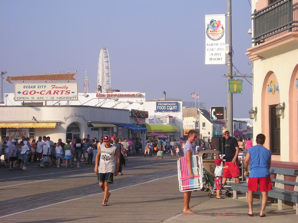 Ocean City, NJ : Ocean City Boardwalk in July, 2005