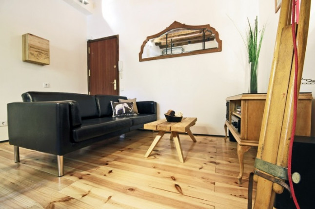 Bois Recycl Dans Un Appartement Contemporain