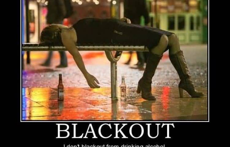 blackout-i-dont-blackout-from-drinking-alcohol-i-time-travel