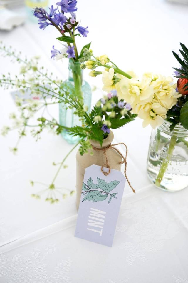 Awesome Bluebell Flower Bouquet For Decoration