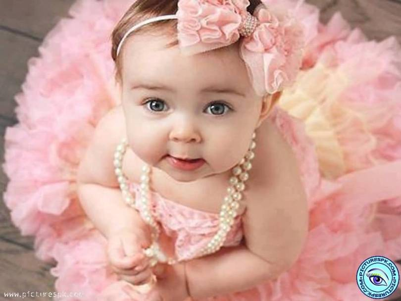 Cute Little Angle Baby Girl Image