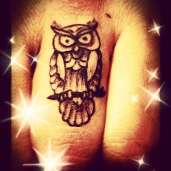 Grey Ink Attractive Owl Finger Tattoo Design For Men Middle Finger