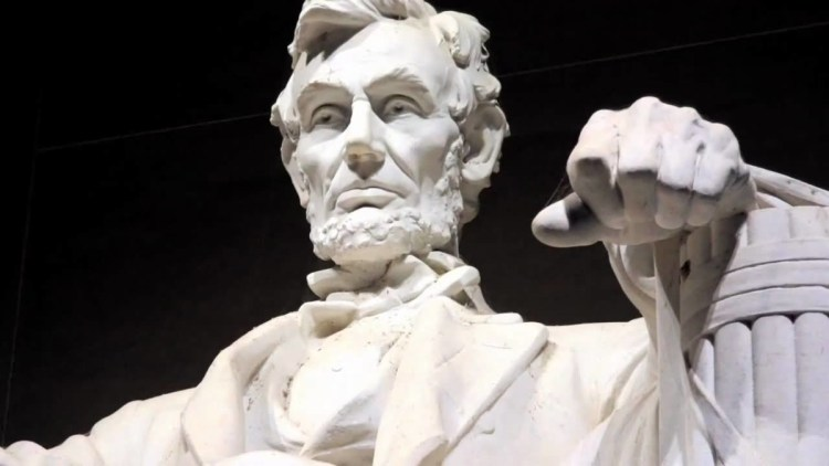 Most Beautiful Statue Of Abraham Lincoln Inside The Lincoln Memorial