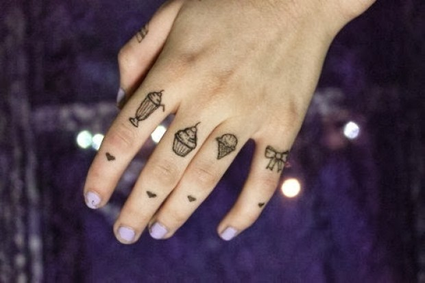 Nice Grey Ink Finger Knuckle Tattoo For Beautiful Girl
