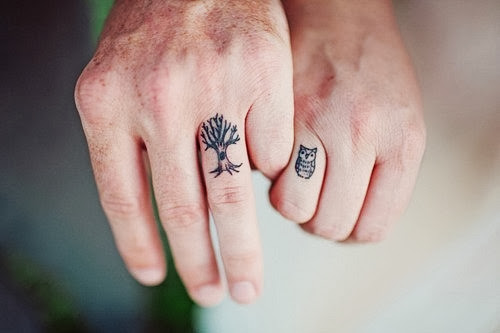 Nice Owl And Tree Tattoo For Couple Fingera