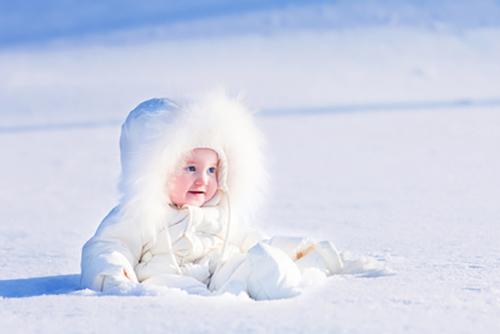 Snow White Baby Wallpaper
