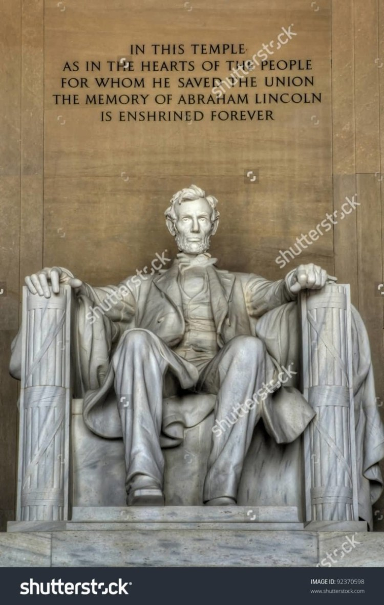 Stunning Statue Of Abraham Lincoln Inside The Lincoln Memorial With Beautiful Quotes