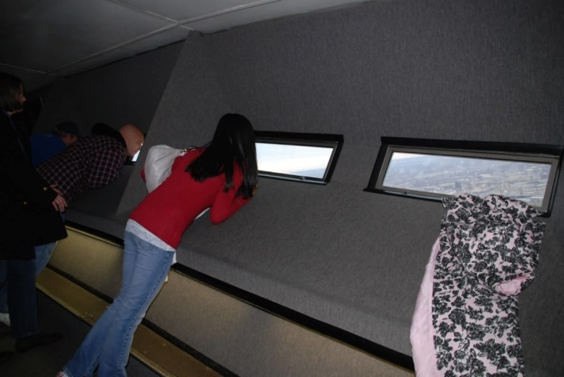 The Gateway Arch Inside Beautiful Girl