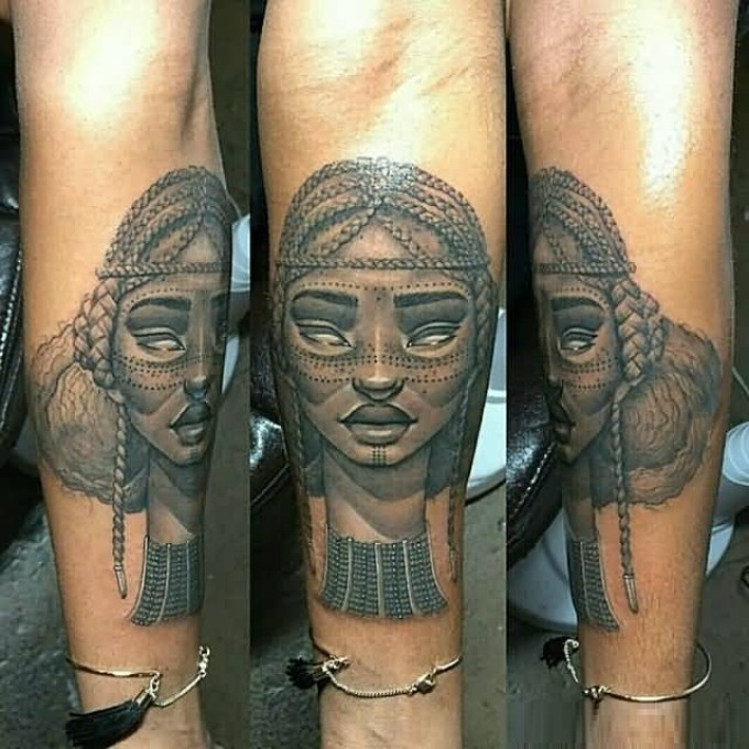 Awesome Gray Ink Mask Tatto Of African Women On Girl Arm
