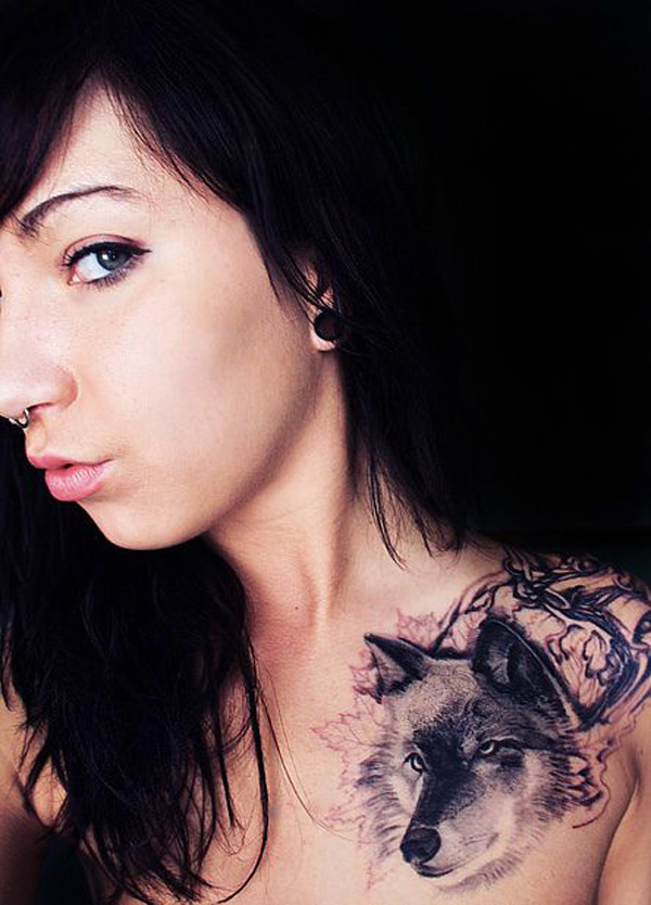 Beautiful Fox Clavicle Tattoo With Black Ink For Woman