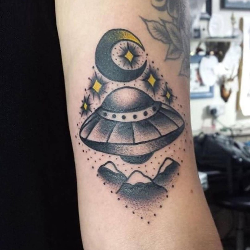 fabulous black and yellow color ink Ufo And Moon Tattoo On Sleeve made by expert