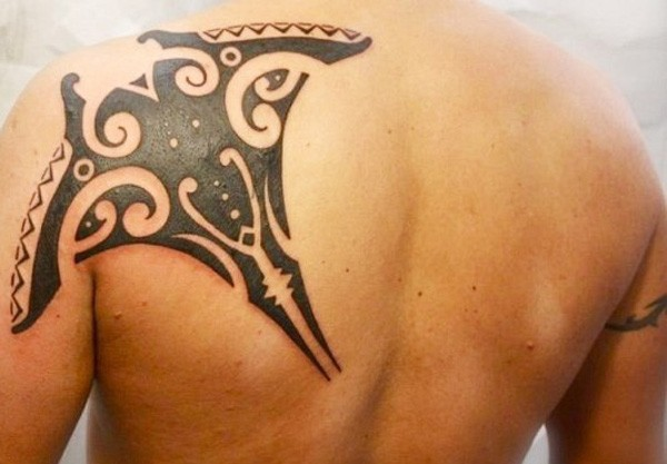 Fantastic Manta Ray Tattoo On Shoulder With Black Ink For Man And Woman