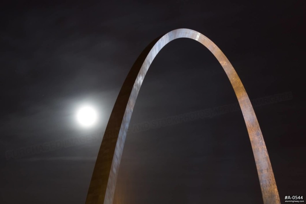 Stunning Full Moon And Gateway Arch At Night With Horrible Color Combination