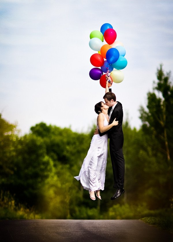 Amazing Couple Kisses Wedding Wishes Wallpaper