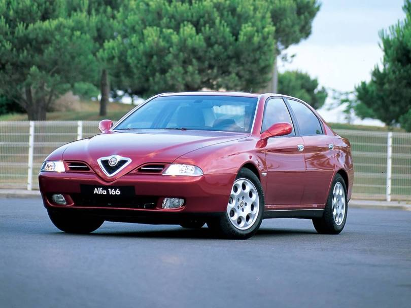 Awesome Red colour Alfa Romeo 166 Car