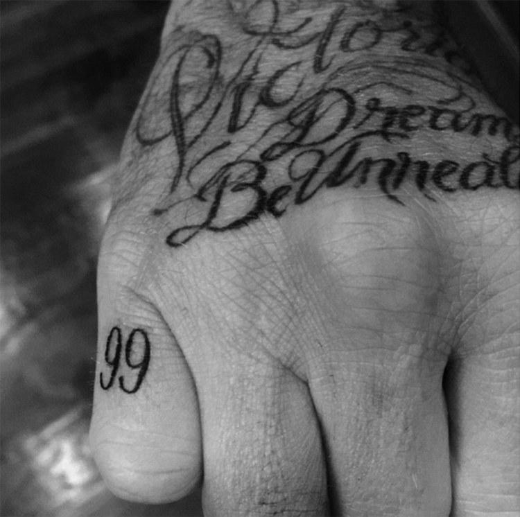 David Beckham Tattoo033