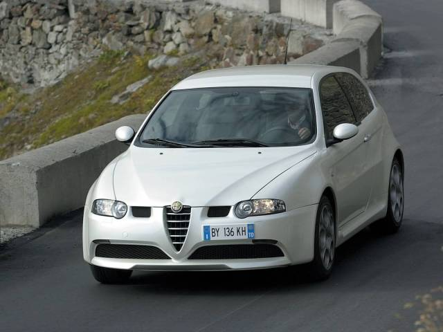 Fast White colour Alfa Romeo 147 GTA Car on the road