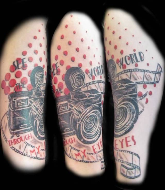 Latest Black And Red Color Ink Camera Tattoo Image On Leg For Girls